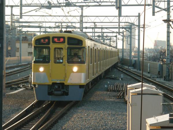 2014-01-18 西武2085F 各停池袋行き2