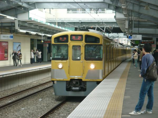 西武2085F 各停所沢行き1 2013-03-20