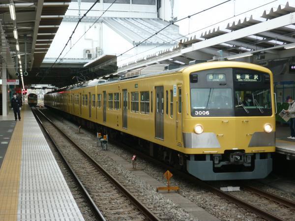 2014-02-28 西武3005F 各停新所沢行き1