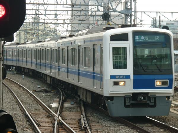 2014-02-28 西武6151F 準急池袋行き1