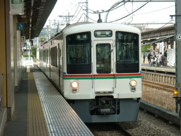 2014-03-29 西武4015F 各停飯能行き 5038レ