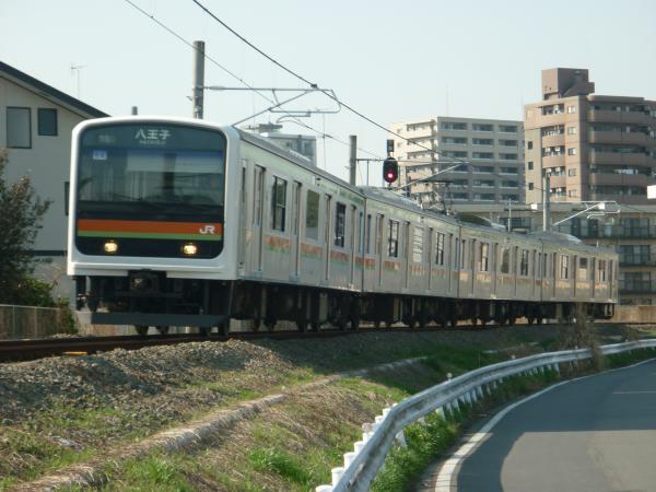 2014-03-28 八高線209系ハエ64編成 八王子行き