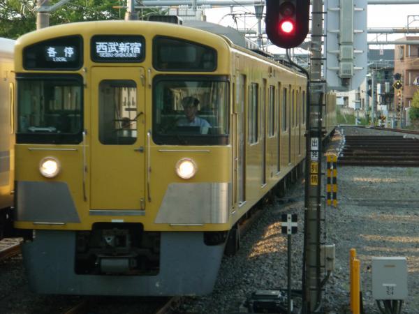 2014-05-02 西武2067F 各停西武新宿行き1
