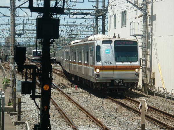 2014-05-18 メトロ7104F 各停新木場行き1
