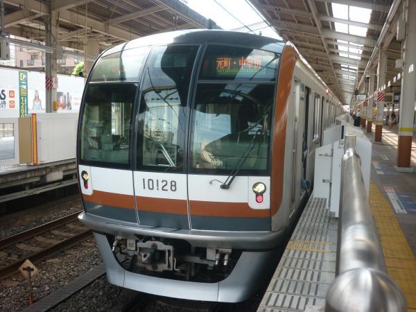 2014-05-18 メトロ10128F 各停元町・中華街行き