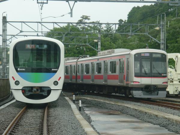2014-06-08 西武30101F 東急4101F 武蔵丘2