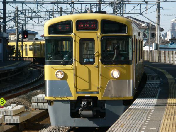 2014-01-12 西武2085F 各停西所沢行き1