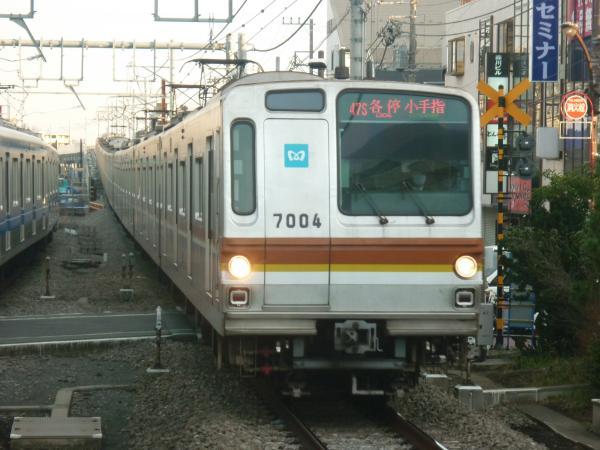 2014-01-12 メトロ7104F 各停小手指行き
