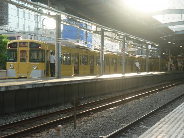 2014-08-11 西武2073F 各停所沢行き 5317レ