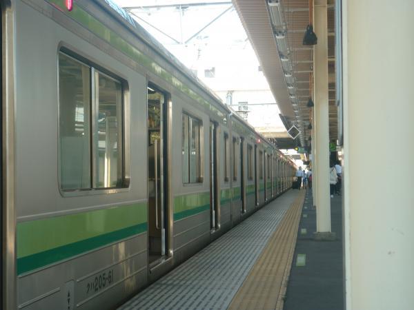 2014-08-20 横浜線205系クラH1編成 側面