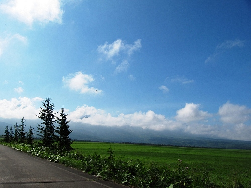 s-山の見えない青空の日