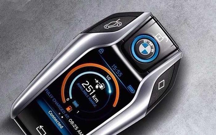 BMW-i8-key-1.jpg