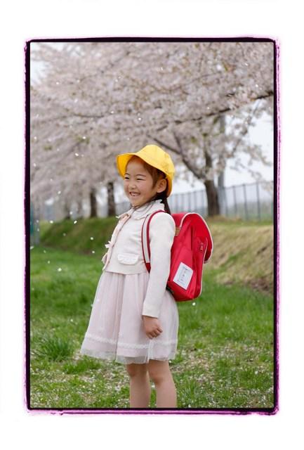 青森 弘前 出張 写真 撮影 子ども キッズ ロケーション スナップ カメラマン 入学 記念 写真館 フリーカメラマン