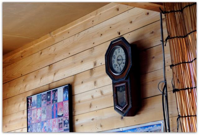 青森県 鰺ヶ沢町 グルメ 観光 鮮魚 食事処 地魚屋 たきわ ひらめ ヒラメ 平目 平目の漬け丼 平目 マグロ 二色丼