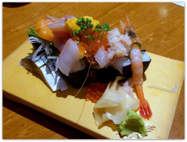 弘前 グルメ 農家と漁師の台所 北海道レストラン 北海名物 北海道大漁のっけ寿司 ズワイ蟹出汁の蟹汁