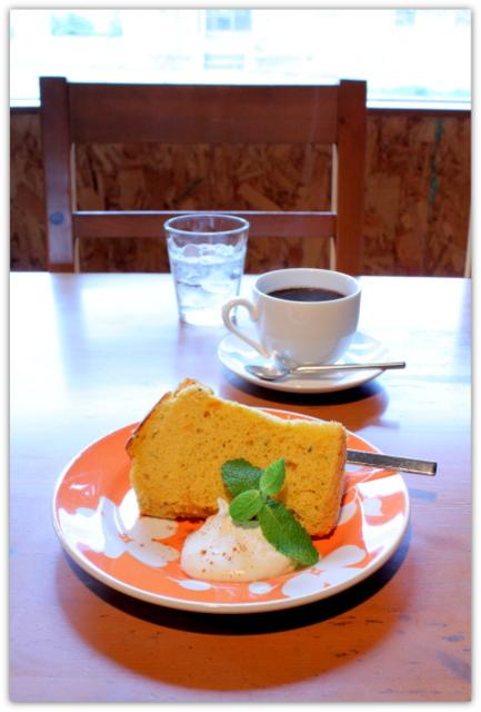 弘前 グルメ カフェ ランチ けや木 コーヒー けや木ブレンド パンプキンシフォンケーキ