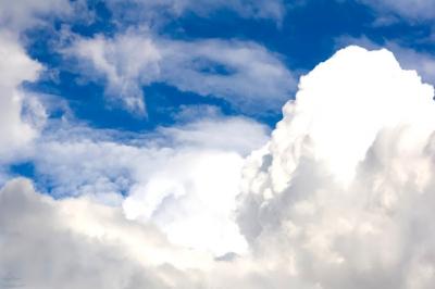 猫ブロまくりんさん 雲