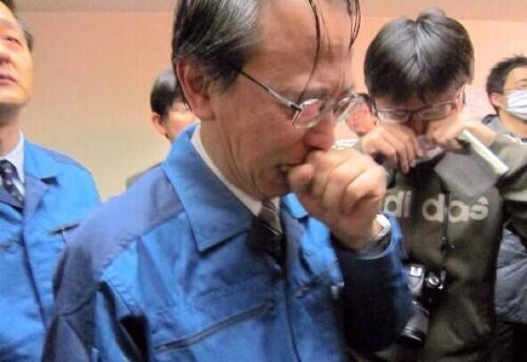 「致死量の放射能を放出しました。」2011年3月18日の会見で東電の小森常務は、こう発言したあと泣き崩れた。