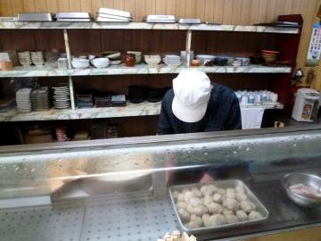 十円寿司店内3