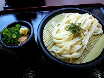 谷製麺ざる1