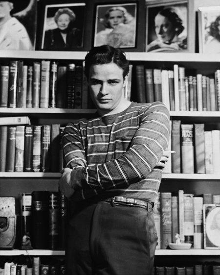 Marlon-Brando-classic-movies-6688421-1500-1869.jpg
