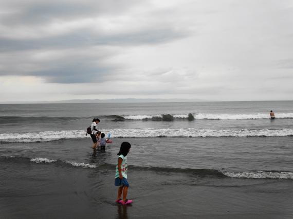 寺泊 浜辺2