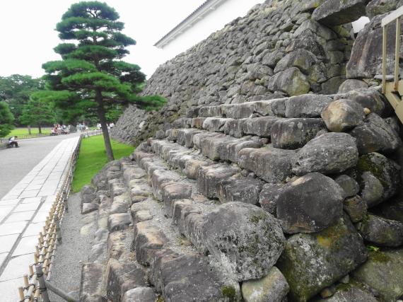 鶴ヶ城 入口3