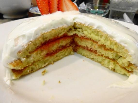 スノーホワイトパンケーキ 断面