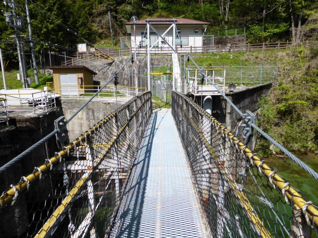 昼神水力発電所の吊橋3