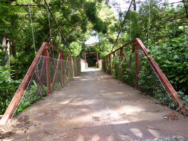 井戸川の吊橋8