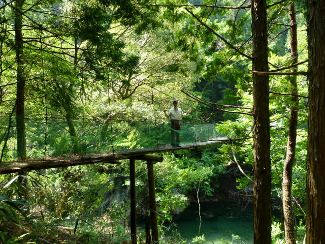 みどり湖の吊橋0