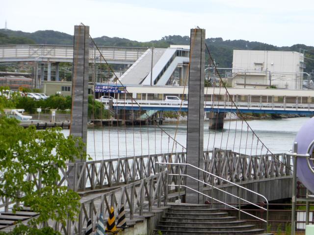 シャトル橋a