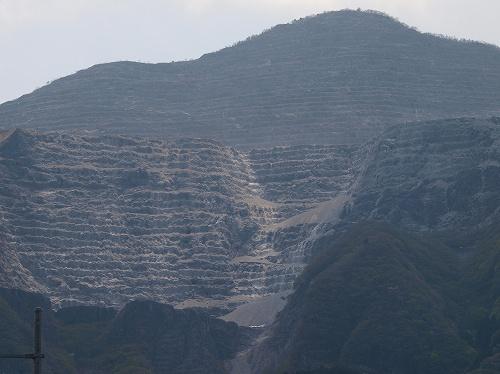 武甲山アップ