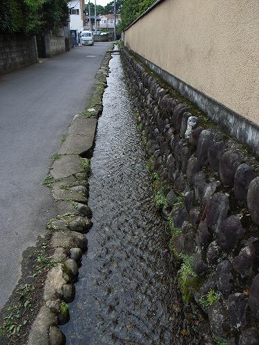 境内脇湧水