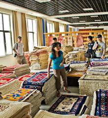 中国青海省チベット族コミュニティヤクの毛工場