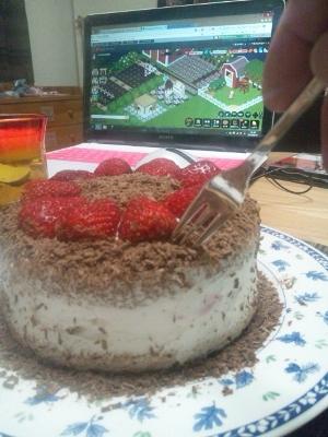 ケーキも頂き♪ (300x400)
