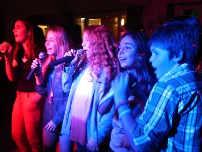 Let's_Sing_Karaoke_08_01