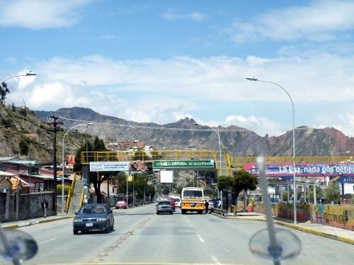 ラパス 月の谷への道