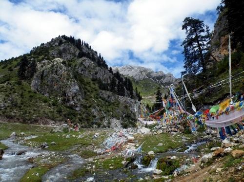 東チベット 移動