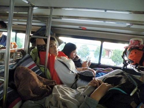 中国 寝台バス