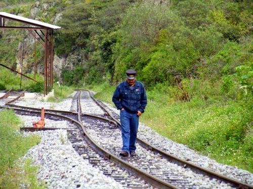 アンデス山脈 山岳鉄道 運転手