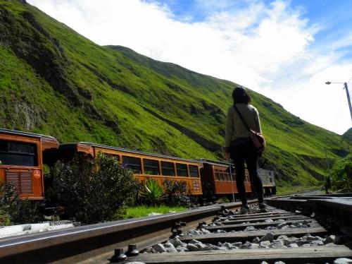 アンデス山脈 山岳鉄道 線路