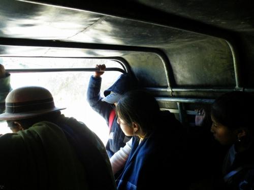 サリナス Salinas 乗り合いタクシー