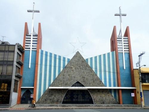 トゥルカン Tulcan 教会