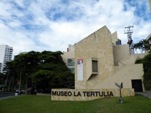 カリ MUSEO LA TERTULIA