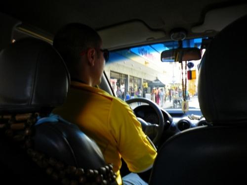 カリ タクシー