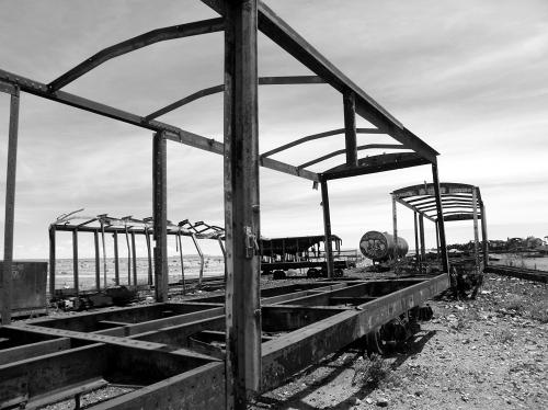 白黒の鉄道