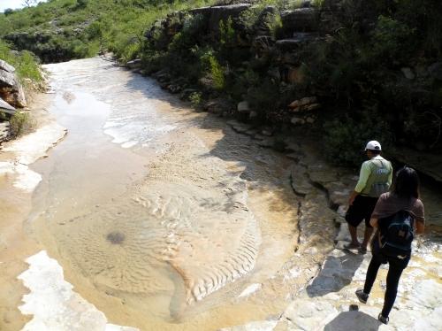干からびた川