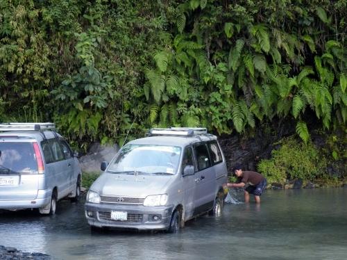 滝つぼ 洗車