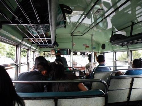 アンティグア行き バス